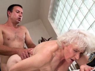 Banging a sexy granny