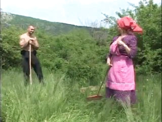 Granny Drilled in the Fields - Cireman