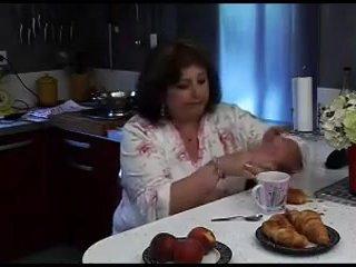 Grosse maman en chaleur
