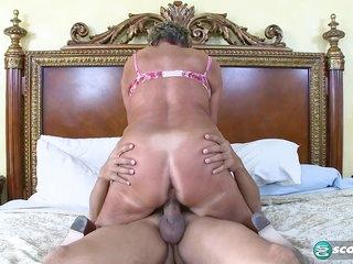 Sandra Ann Plays Sticky Face - 60PlusMilfs