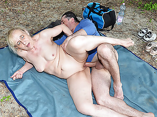 outdoor sex with ugly stepmom