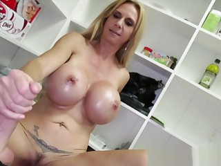 Bigtit gilf wanking dick and rubbing clit