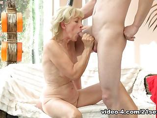Incredible pornstars Szuzanne, Jeremy in Crazy Natural Tits, Blonde sex movie
